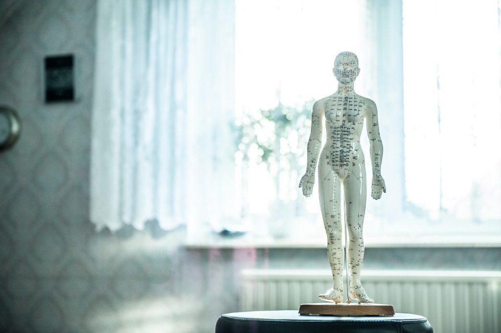 Osteopatía, acupuntura